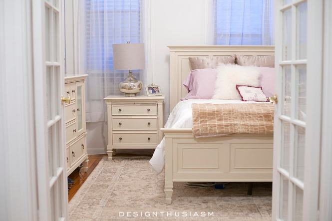 How To Decorate A Tiny Dark Apartment Bedroom