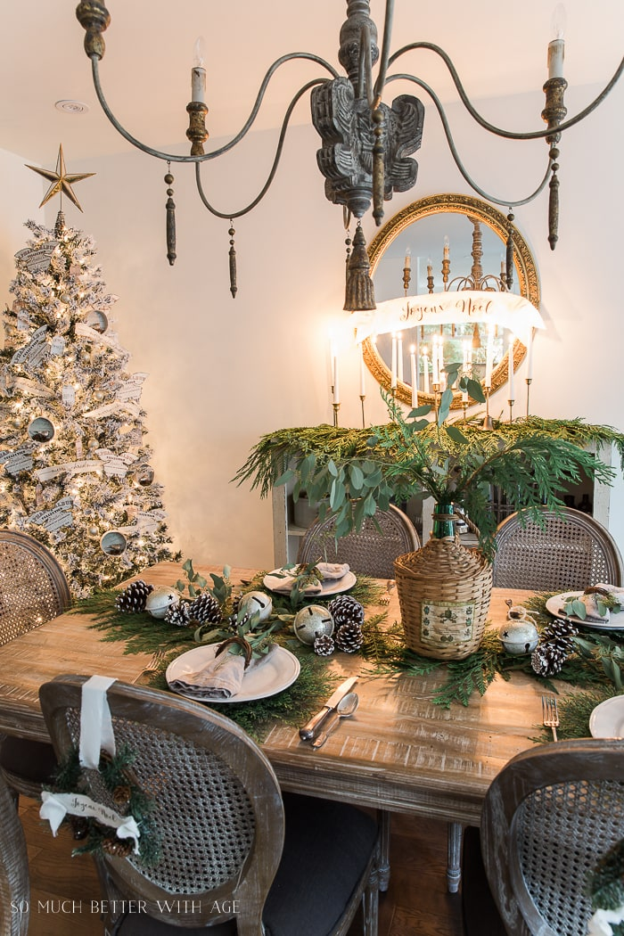 evergreen-French-country-christmas-dining-table-5