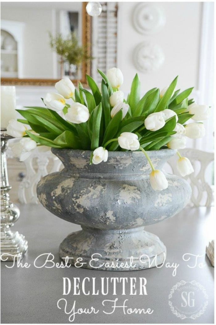 DINING-ROOM-tulips-in-urn-stonegableblog-2