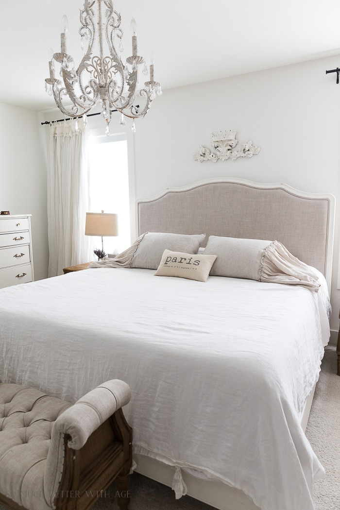 linen-ruffled-shams-bedroom-110