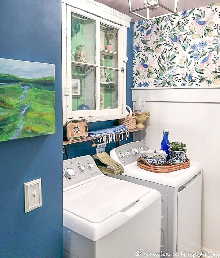 modern vintage small laundry room