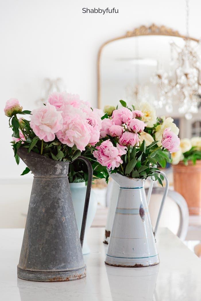 20 Stunning Spring & Summer Flower Arrangements - Shabbyfufu