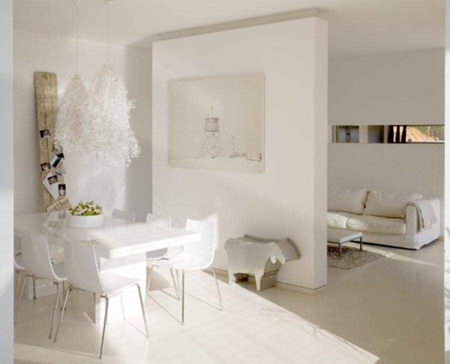 modern-white-interior-decorating-ideas-