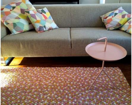 bellissimo-tappeto-disegno-bianco-rosa