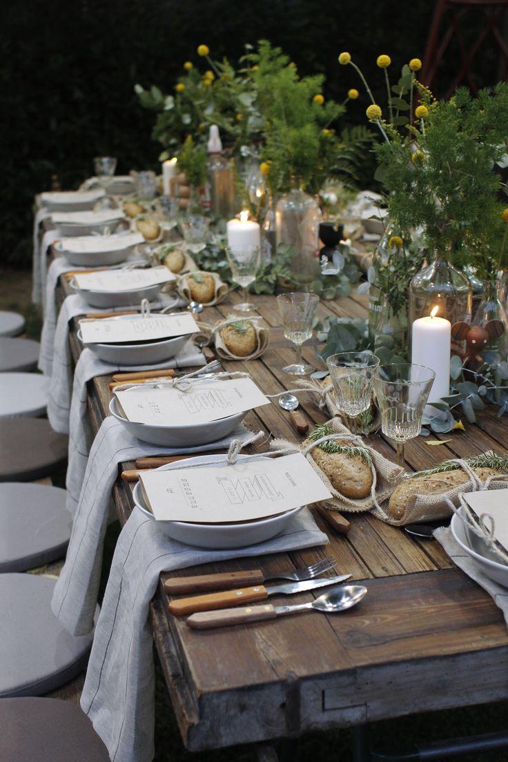 Apparecchiare la tavola in stile rustico