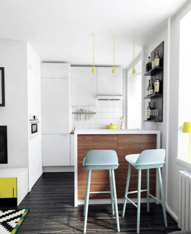 Маленькая кухня объединённая с гостиной