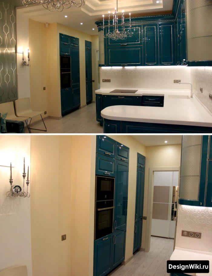 Kök-vardagsrum i art deco stil med blå stolar