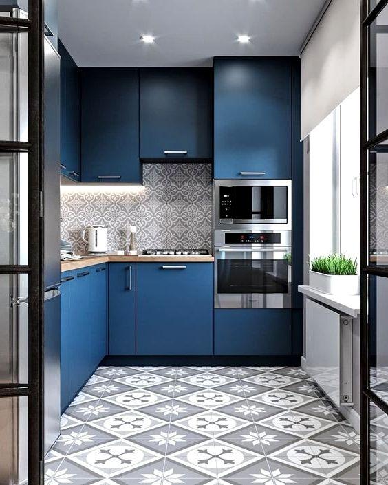 Blått kök med 3D skåpdörrar