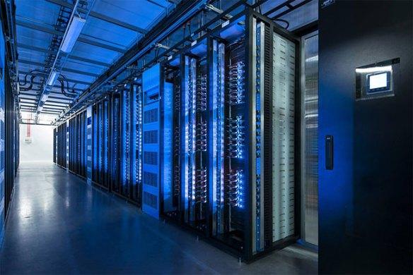 922 Inside Facebook's Data Center Near the Arctic Circle