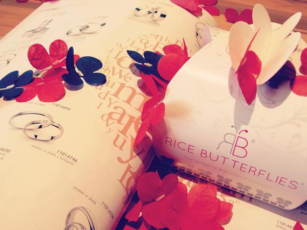 e0329a33f9b3c4a25cf929f1e062fdee Winter Wedding With Rice Butterflies