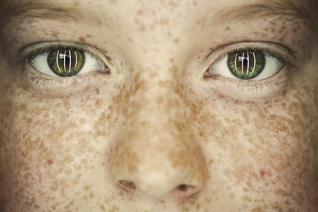 1386364841 1 640x427 Bullying Reflected in Eyes of Children by Benoit Paill