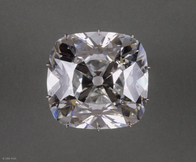 louvre diamant dit quotle regentquot The Cursed Indian Diamonds