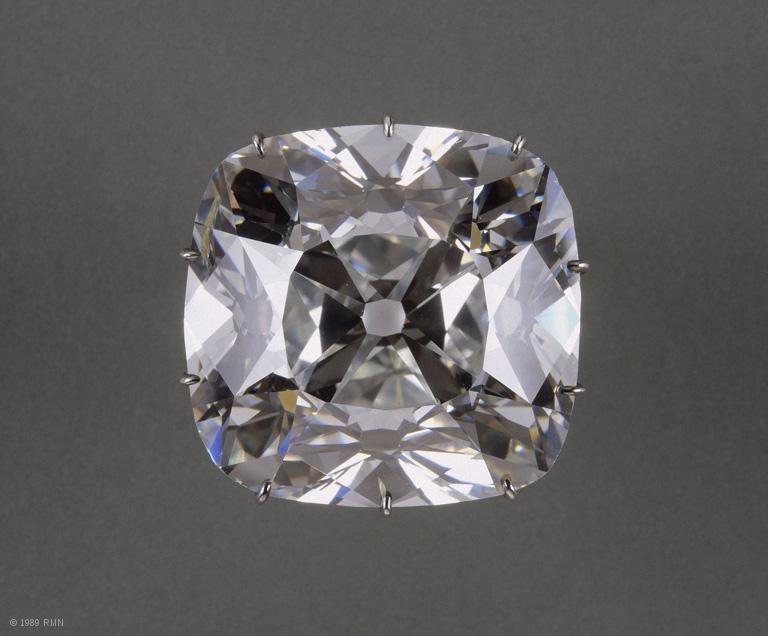 louvre diamant dit quotle regentquot 6 Most Cursed Indian Diamonds