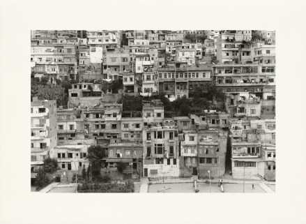 «Agglomération #23, Tripoli», 2001-2006, photographie (impression au jet d'encre sur papier chiffon), 55 x 76 cm