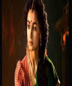 Alia Bhatt Movies - RRR: Alia Bhatt's First Look Released As Sita, Goes Viral_Pic Credit Google
