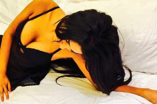 Hot Poonam Pandey ki boobs and gaand