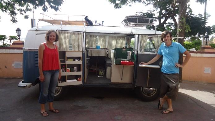 The road trip in Volkswagen Kombi Hippie  flower children(2)