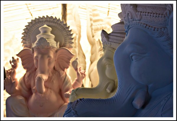 making of Ganesha Idol (1)