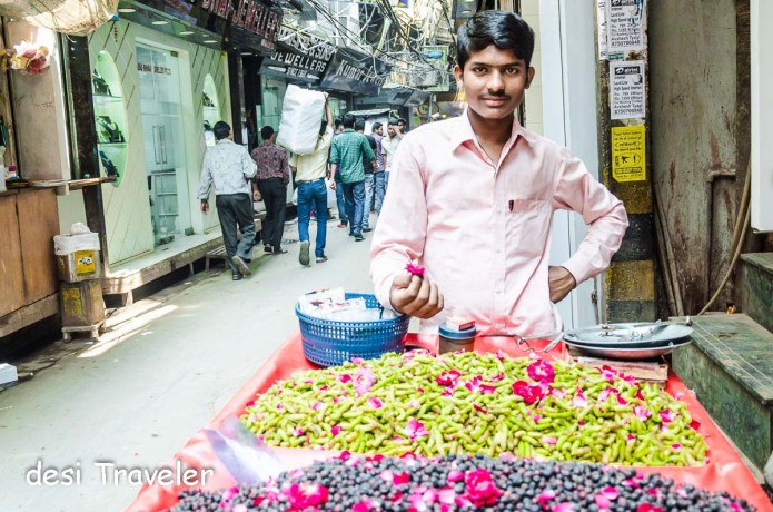 Food Walk Chandni Chowk Fruit Seller Falsay and Mulberry