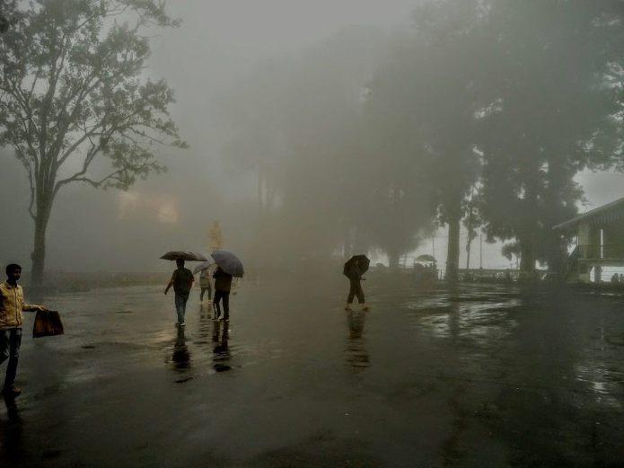 Chasing Monsoon Darjeeling