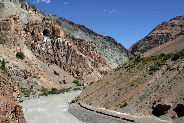 phugtal-monastery-zanskar