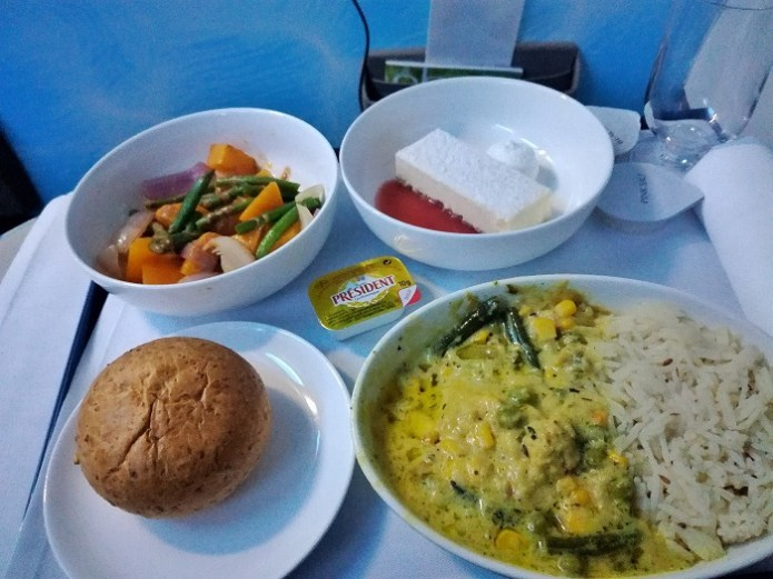 dinner business class flydubai