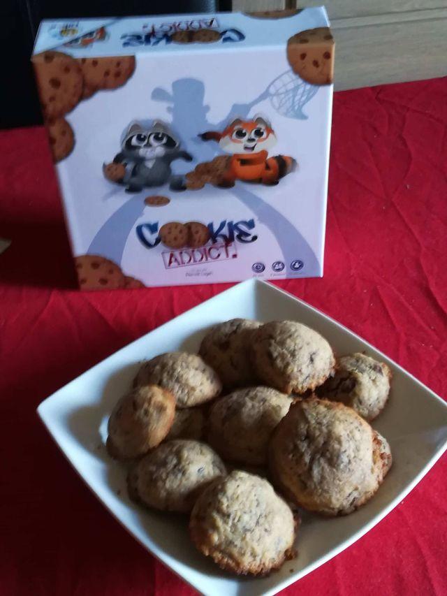 un jeu et des cookies