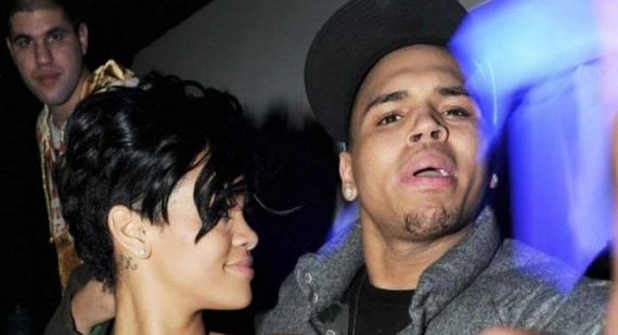 Rihanna reportedly breaks up with Chris Brown again