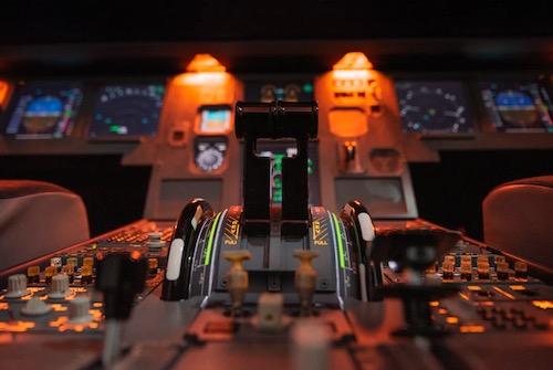Image of an aeroplane cockpit throttle