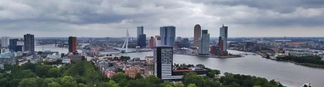 Mooi uitzicht op o.a. de Erasmusbrug