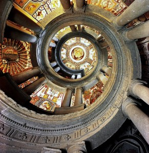 Scala-di-Palazzo-Farnese-blog-dab-radio-wordpress