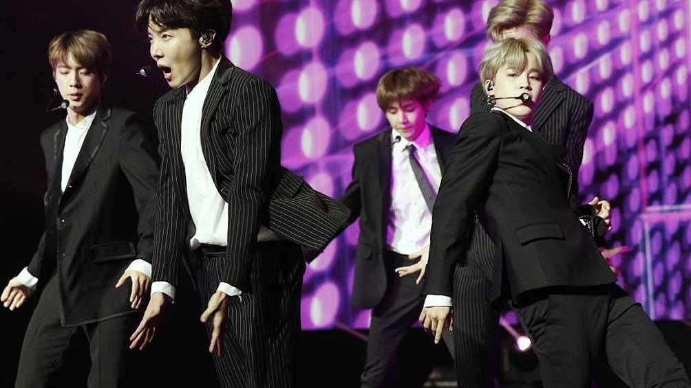 BTS, el primer grupo asiático en superar las 5.000 escuchas en Spotify - Télam 2
