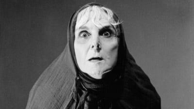 5ccdd09d0bd05 400x225 - Falleció Graciela Araujo, una gran figura del teatro argentino - Télam