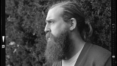 """5cf191567bb66 400x225 - Eric Schierloh: """"La escritura tal como la concibo es una forma de estar en el mundo"""" - Télam"""