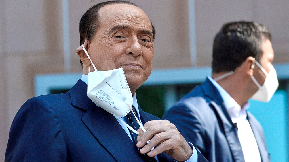 """""""El pase verde es una medida de buen sentido a la que somos absolutamente favorables así como es"""", sostuvo Berlusconi"""