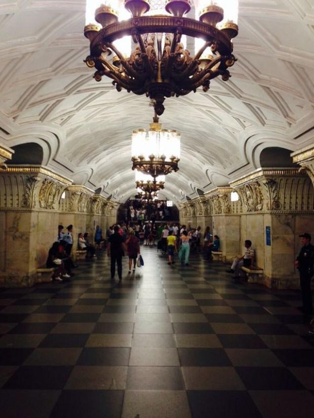 Roteiro de 3 dias em Moscou. Principais atrações de Moscou. Tour pelas estações de metrô de Moscou.