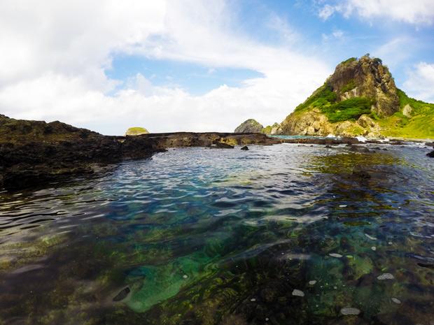Trilhas em Fernando de Noronha - trilha dos Abreus e sua piscina Natural