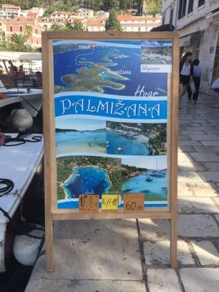 O que fazer em Hvar, ilha da Croácia? passeios de lancha, praias paradisíacas e muita diversão você encontra em Hvar.