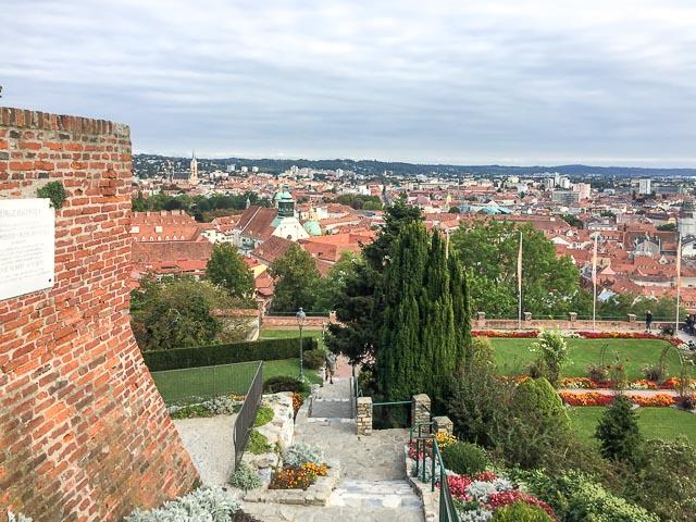 Vista do alto do castelo de Graz, Áustria
