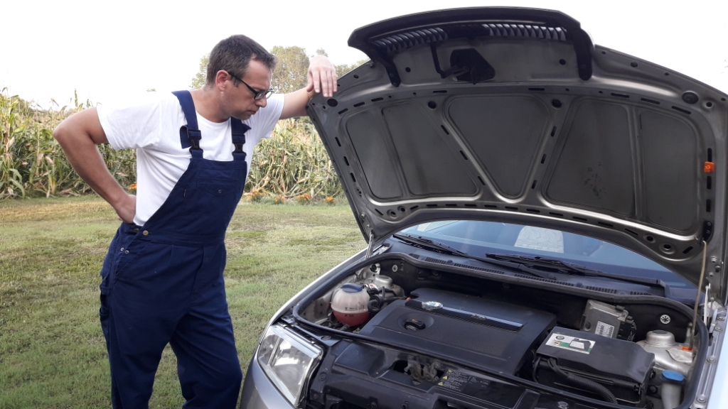 car-repair-check-repair-procedure