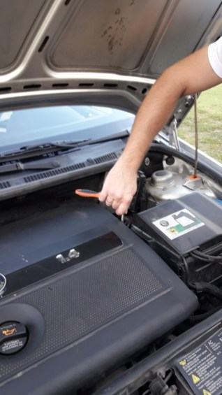 car-repair-diy-how-to-use-car-tools