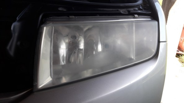 how-to-polish-car-headlights-before-polishing-toothpaste-home-remedy