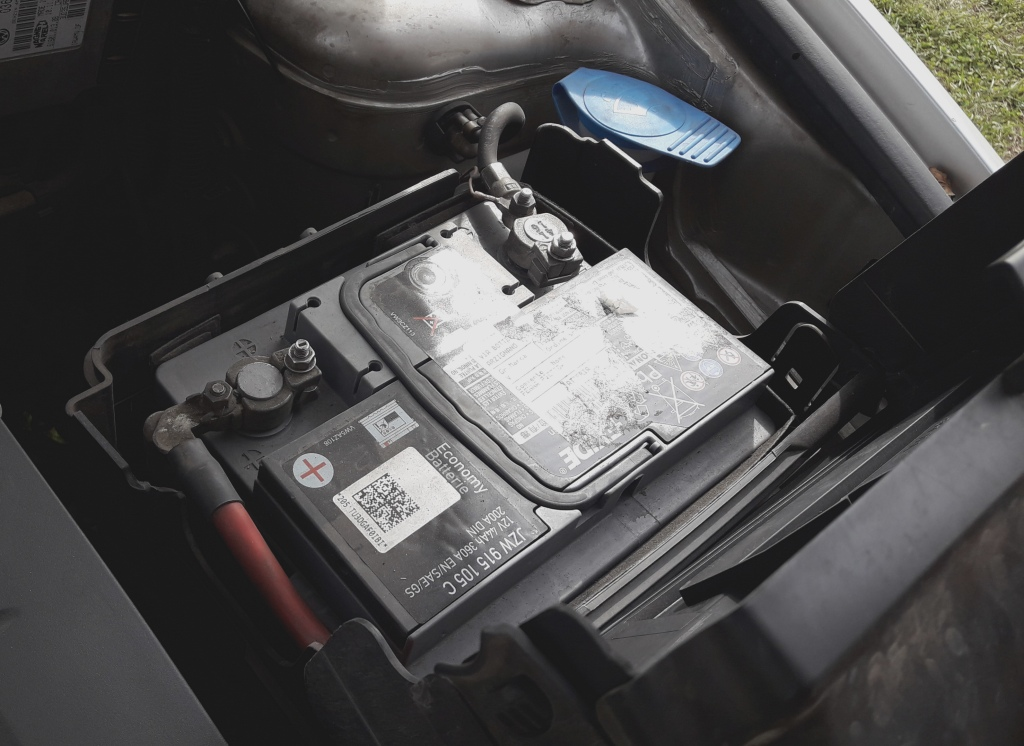 car-wont-start-flat-weak-dead-car-battery