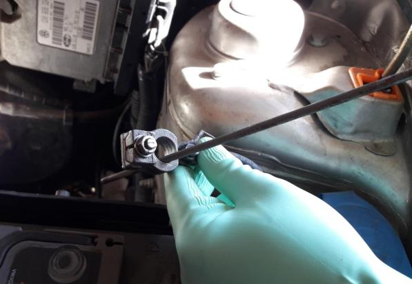 how-to-clean-battery-clamps-with-round-file