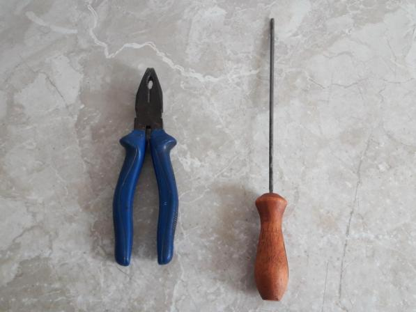 pliers-round-file