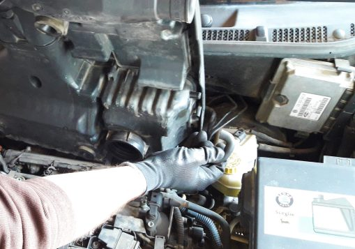 how-to-remove-engine-cover-on-car-remove-additional-installtion