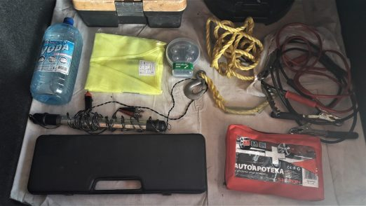 how-to-prepare-your-car-for-a-long-road-trip-car-equipment