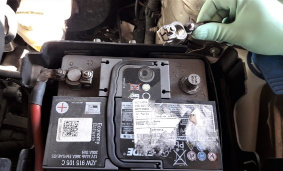 car-battery-drain-electric-leak-