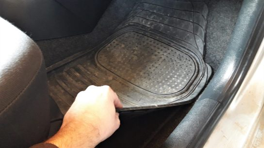 how-to-clean-car-interior-at-home-return-car-mats
