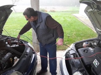how-to-use-jumper-cables-to-start-car